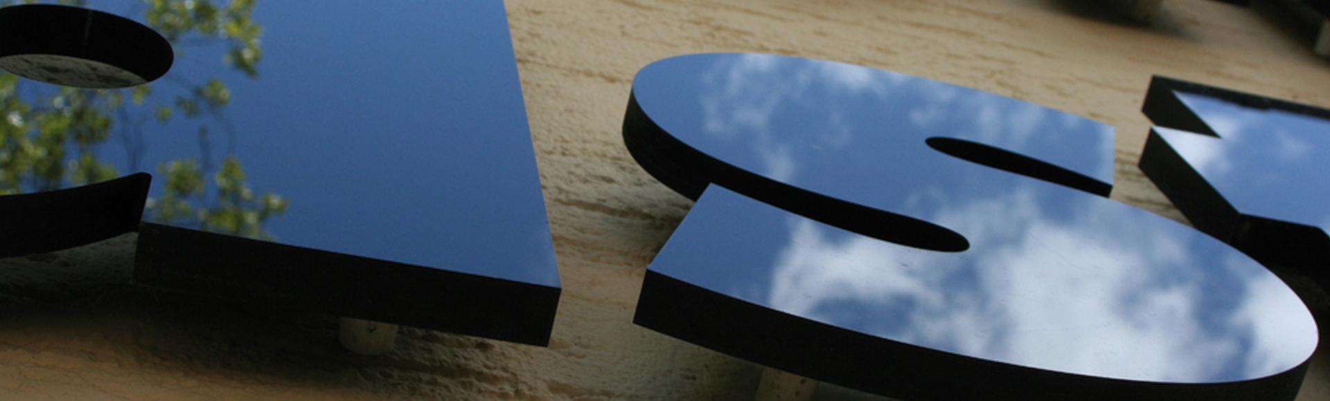 Reliefbuchstaben für Wandbeschriftungen von ADCO